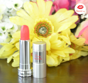 Lancome màu 132M Rouge In Love